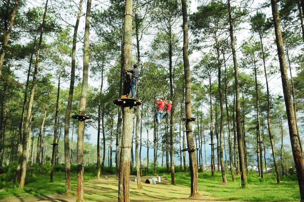 bandung treetop adventure park-10 Tempat Company Gathering Lembang Bandung Terbaik Terpopuler 2018 2019