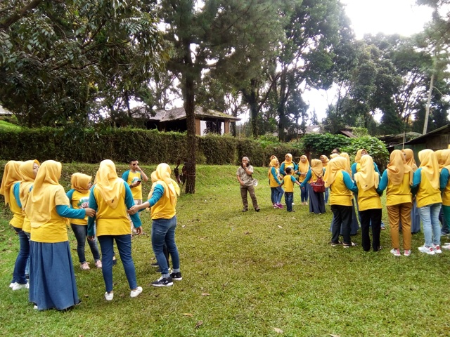 OUTBOUND-COMPANY-FAMILY-GATHERING-CAPACITY -BUILDING-CIATER-SPA-RESORT- TEMPAT-OUTBOUND-LEMBANG-BANDUNG-ROVERS-ADVENTURE