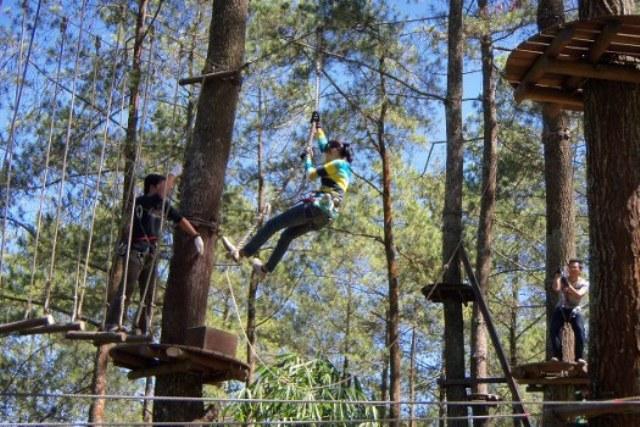 TREETOP ADVENTURE PARK LEMBANG BANDUNG-TEMPAT OUTBOUND LEMBANG BANDUNG-ROVERS ADVENTURE