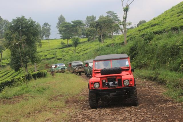 Kegiatan Offroad di Lembang Bandung - Cikole Sukawana