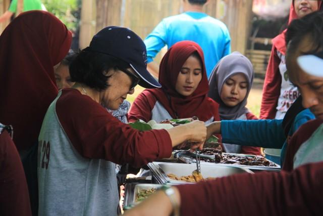 Family Gathering Grafika Cikole Lembang - Provider EO Outbound Lembang Bandung