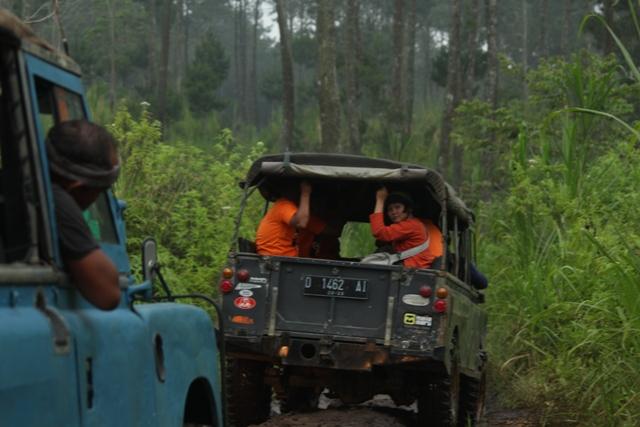 Wisata Offroad Cikole Lembang | Outbound Bandung Lembang