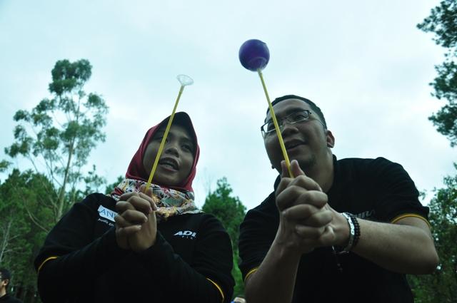 OUTBOUND MERUPAKAN-OUTBOUND LEMBANG BANDUNG-ROVERS ADVENTURE INDONESIA