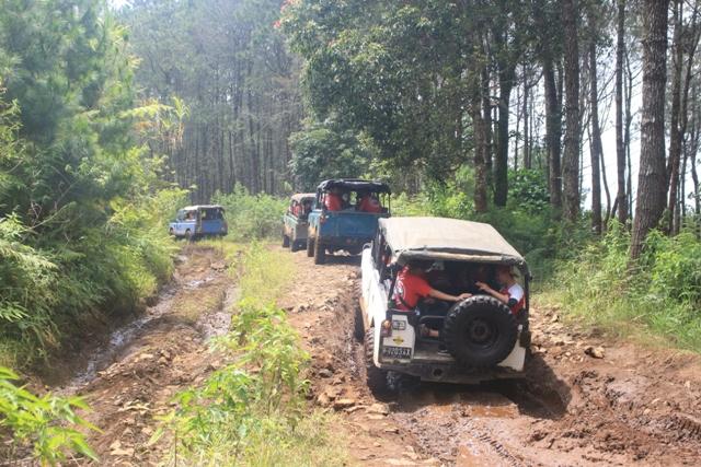Paket Wisata Offroad Lembang Cikole Bandung - Rovers Adventure Indonesia