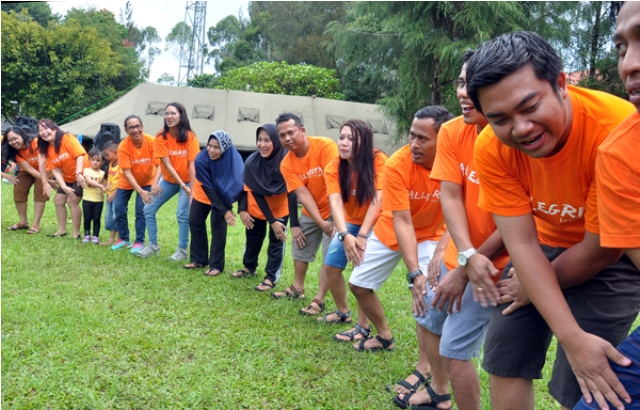 Gathering plus Meeting di Lembang, Kabupaten Bandung Barat, bersama Rovers Adventure Indonesia