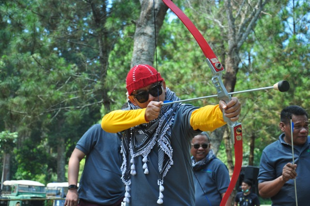 BANDUNG ARCHERY-PANAHAN BANDUNG ARCHERY-OUTBOUND LEMBANG BANDUNG-ROVERS ADVENTURE INDONESIA