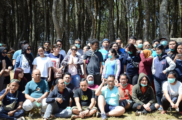 Paket Gathering Outbound Outing Bandung Lembang Cikole Jayagiri - Event Organizer ( EO ) Outbound Lembang Bandung