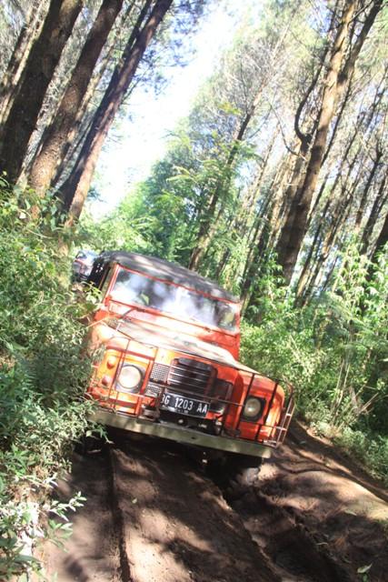 Offroad Lembang Bandung - Rovers Adventure Indonesia