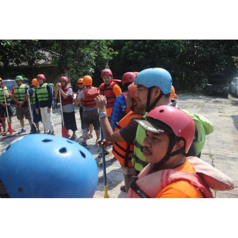 Arung Jeram Atau Rafting Bandung
