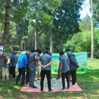 FUN GAME-PROVIDER EO OUTBOUND LEMBANG BANDUNG-CIKOLE-ORCHIED FOREST-BANK BUKOPIN-ROVERS ADVENTURE INDONESIA